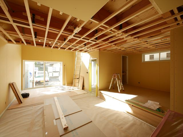 12月14日・15日プレオープン予告 吹抜けで家中あったか大空間!床暖房がつくる温度差の無い暮らし。