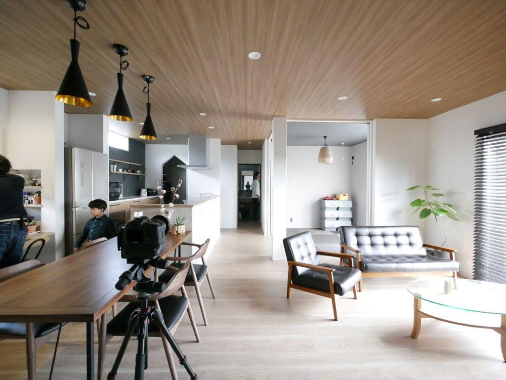 内装と家具・雑貨の調和。グレイッシュでカッコいいお家です!